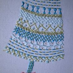 putting up the tree hand embroidery pattern pdf by LiliPopo