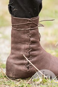 2432548aac074 32 Best Medieval Boots images in 2019 | Medieval boots, Boots, Leather