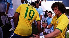 Hulk soccer player, David Luiz knows what I mean hahahahah Lionel Messi, Hulk, Real Madrid, I Love The World, Good Soccer Players, Fifa World Cup, Neymar, The Funny, Football