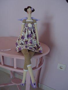 Tilda Princesa Primavera :) BY A FADA ROSARINHO https://www.facebook.com/pages/A-Fada-Rosarinho/156591247695850