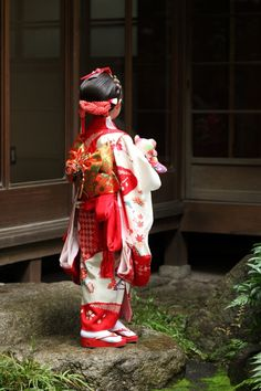 Kimono Shichigosan/ boy 5 years old/ girl 3 and 7 years old( November Japan/ festival 七五三 Japanese Costume, Japanese Kimono, Asian Style, Asian Love, Geisha, Kabuki Costume, Oriental Fashion, Oriental Style, Japanese Kids