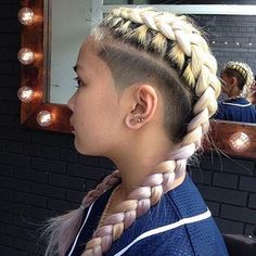 Shaving different and amazing hairstyles with sides - - # bob Braids with shaved sides Shaved Side Hairstyles, Undercut Hairstyles, Box Braids Hairstyles, Cool Hairstyles, Braids With Shaved Sides, Half Shaved Hair, Curly Hair Styles, Natural Hair Styles, Undercut Long Hair