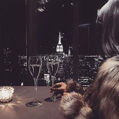 ~fancy-pants independent and empty~ Rich Lifestyle, Luxury Lifestyle, Women Lifestyle, Lifestyle Fashion, Lifestyle Blog, Combi Jean, Night Aesthetic, Boujee Aesthetic, Aesthetic Collage