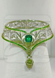 JEWELS OF IMPERIAL RUSSIA: Emerald Necklace with Platinum, gold, diamonds, and emeralds. Weight 143.80 grams.