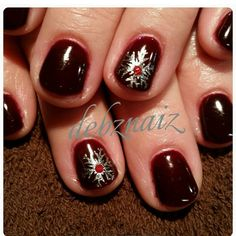 Nails by Debbie @debznailz #christmasnails #nailart #naildesigns #gelpolish #glitter #christmasnails #gel #simplenailsart #Padgram