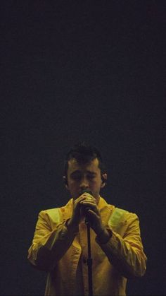 Music bands photography twenty one pilots 32 ideas Tyler Joseph, Josh Dun, Twenty One Pilots Wallpaper, Twenty One Pilot Memes, The Wombats, Band Photography, My Escape, Staying Alive, My Chemical Romance