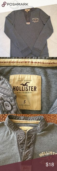 """Hollister top Gray Hollister knit long sleeve top.  Like new condition. Length from middle of neck 27 1/2"""".  Sleeves 29"""" including cuff. Hollister Tops Tees - Long Sleeve"""