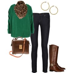 Green sweater with leopard and the bag. :)