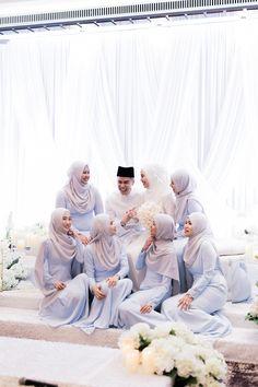 Danial and Diana's Palais Garnier-Inspired Wedding at The St. Muslim Wedding Dresses, Modest Wedding, Wedding Bridesmaid Dresses, Bridal Hijab, Wedding Hijab, Foto Wedding, Dream Wedding, Wedding Prep, Wedding Planner
