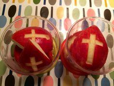 Mijters van appel. Leuk in de Sinterklaas tijd. #hellolunch