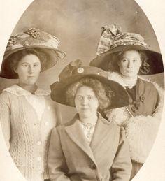 Three Women in BEAUTIFUL EDWARDIAN HATS Photo Postcard Circa 1908