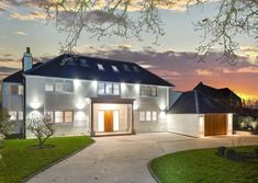 6 bedroom detached house for sale in Hanyards Lane, Cuffley, Hertfordshire - Rightmove. House Layout Plans, House Layouts, Dream Home Design, House Design, Loft Design, Rendered Houses, Dream Properties, House Goals, Life Goals
