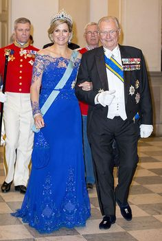- Photo - Queen Maxima and King Willem-Alexander in high spirits as they join Crown Prince Frederik and Crown Princess Mary at a state banquet in their honour in Denmark Queen Margrethe Ii, Queen Maxima, Style Royal, Inauguration Ceremony, Royal Beauty, Royal Tiaras, Danish Royal Family, Blue Gown, Crown Princess Mary