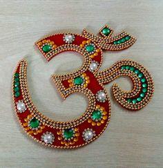Om Hindu spiritual symbol Meditation and Prayer Accessories Yoga Studio Decor Pooja Temple Room Deco Diwali Craft, Diwali Diy, Diwali Rangoli, Diwali Gifts, Indian Rangoli, Thali Decoration Ideas, Kalash Decoration, Diwali Decorations At Home, Acrylic Rangoli