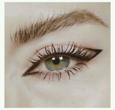 10 types of eyeliner that will be fashionable in 2019 # Hair . - 10 types of eyeliner that will be fashionable in 2019 # Hair … 10 types of eyeliner that will be fashionable in 2019 # Hair … Makeup Eye Looks, Eyeliner Looks, Cute Makeup, Pretty Makeup, Skin Makeup, Eyeshadow Makeup, Beauty Makeup, Awesome Makeup, Retro Eye Makeup