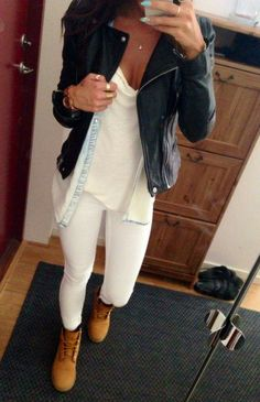 Outfit with Timberland boots Tomboy Fashion, Fashion Mode, Look Fashion, Fashion Outfits, Fashion Pants, Womens Fashion, Mode Timberland, Timberland Boots Outfit, Timberland Outfits Women