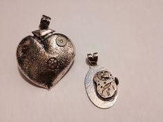 Resignificación estética de objetos de uso cotidiano. Engranes, máquinas de reloj y plata.