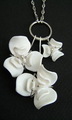 Fleurs de porcelaine /  Porcelain flowers by Charuau Céline, via Flickr