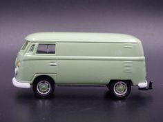 1967-1979 VW VOLKSWAGEN TYPE 2 WESTFALIA CAMPMOBILE HITCH 1//64 DIECAST MODEL CAR