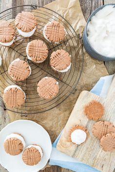 #Vegan, #GlutenFree Fluffernutter Cookies. Life is about to get extra, extra good.   |  Keepin' It Kind