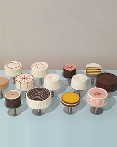 This would be my dream cake setup, Thiebaud