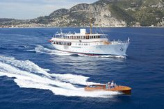 Charter Malahne the luxury Motor yacht built by Camper & Nicholsons Shipyard in Available for 10 guests in the Summer & Winter regions. Yacht Boat, Yacht Club, Dubai Rent, Camper, Yacht Cruises, Classic Yachts, Classic Motors, Super Yachts, Motor Boats