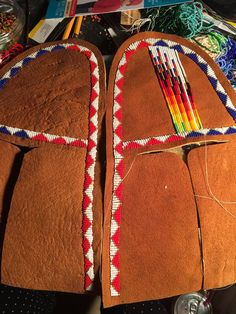 Learning to make my very own beaded moccasins for summer. Native American Moccasins, Native American Regalia, Native American Crafts, Native American Beadwork, Native American Jewelry, Beaded Hat Bands, Beaded Shoes, Beaded Moccasins, Baby Moccasins