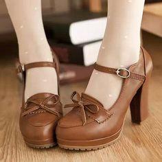 53 2018 Beste scarpe images on Pinterest in 2018 53   Bellissimo scarpe, scarpe ... 0b05f8