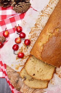 Heerlijke cake met appelmoes in plaats van boter, een stuk gezonder dus! Zeker de moeite waard om te proberen!