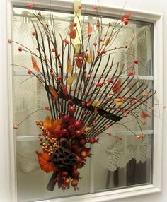 fall decor ideas for the porch 41 farmhouse fall porch decorating ideas Autumn Decorating, Porch Decorating, Decorating Ideas, Decor Ideas, Primitive Fall Decorating, Fall Arrangements, Diy Décoration, Easy Diy, Fall Home Decor