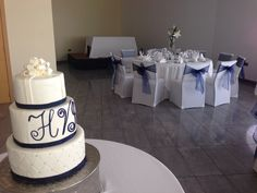 White and navy blue cake