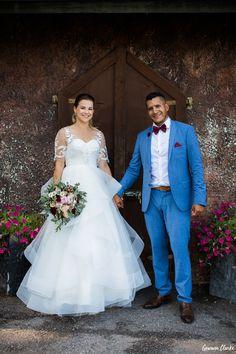 Helene and Carl-Martin's amazing Porvoo Wedding in Finland Couple Portraits, Finland, Groom, Bride, Couples, Celebrities, Wedding Dresses, Amazing, Photography