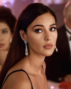 Beautiful Girl Image, Beautiful People, Beautiful Women, Estilo Rihanna, Monica Bellucci Photo, Monica Belluci Malena, Sublime Creature, Bond Girls, Actrices Hollywood