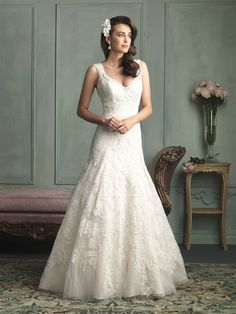 Allure Bridals 9125, $729 Size: 16 | New (Un-Altered) Wedding Dresses