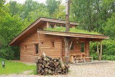 Houten hutten op camping de wije werelt te Otterlo