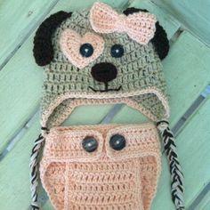 Cappello bimbo/bimba in lana fatto a mano e realizzabile per tutte le taglie ed in diversi colori!! Per maggiori informazioni lasciatemi un commento o scrivetemi un messaggio privato! #uncinetto #crochet #cappello #hat #baby #bimbo #bimba #inverno #winter #lana #wool #yarn #ideeregalo #gift #fattoamano #handmade #cane #dog