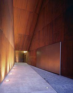 public space: Remodelación del Paseo del Óvalo, la Escalinata y su entorno: Teruel (Spain), 2003