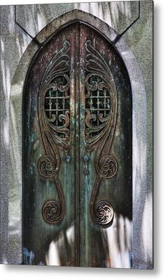 Through these doors we transcend the earthly in hopes of finding the entry to empyrean. Empyrean, from the Medieval Latin empires, an adaptation of the Ancient Greek empyrus Cool Doors, Unique Doors, Art Nouveau, Art Deco, Entrance Doors, Doorway, Knobs And Knockers, Vintage Doors, Beautiful Architecture