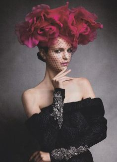 magdalena langrova by victor demarchelier harper's bazaar FEB 2013 v Victor Demarchelier, Photoshoot Themes, Glamour, Red Hats, Harpers Bazaar, Hats For Women, Ladies Hats, Vera Wang, Wig Hairstyles