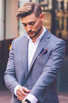 Side Swept Classy Straight Hairstyles for Men