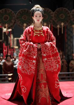 Empress Wan (Ziyi Zhang) 'The Banquet' 2006. Costume designed by Timmy Yip.