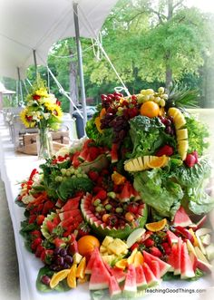 DIY Fresh Fruit & Veggie Display