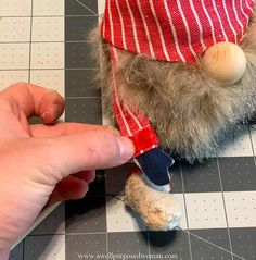 Learn how to make gnomes with arms and legs for the 4th of July. These patriotic gnomes with arms and legs are a fun addition to your Independence Day decor. But really this step by step tutorial will show you how to make gnomes with arms and legs for any season! How To Make Socks, Christmas Gnome, Country Christmas, Gnome Tutorial, Easy Fall Wreaths, Animal Knitting Patterns, Free Pattern Download, Gnome Hat, Fabric Crafts