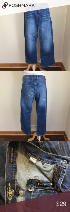 "🔵SALE Lucky Brand Easy Rider cropped jeans sz 8 🔵SALE was $29 now $19.  Lucky Brand Easy Rider cropped jeans, size 8.  Factory whiskering and fading, 5 pocket style, zip and button closure, mid-rise, denim has stretch.  Condition:  excellent pre-loved.  Material:  99% cotton/1% spandex.  Measurements (approximate, taken laying flat): length 33"", inseam 26"", front rise 9"", flat waistband 16"". Lucky Brand Jeans Ankle & Cropped"
