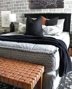 Live in luxury with our Boujee Gray Beddy's! Floral Bedroom Decor, Boho Decor, Exterior Design, Interior And Exterior, Beddys Bedding, Charcuterie Board, Charcuterie Recipes, Zipper Bedding, Grey Bedding