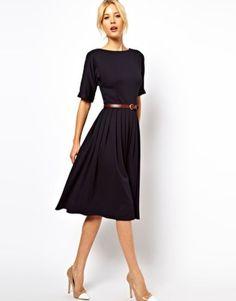 Simple but gorgeous professional work dresses ideas 06