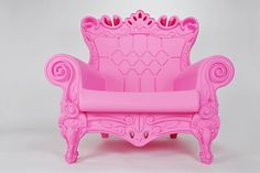 Design of Love Queen of Love Arm Chair in Candy Pink ♥ $1025.00 Graziano Moro and Renato Pigatti recyclable linear polyethylene  #Graziano_Moro #Renato_Pigatti #pink