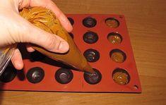 Karamelové pralinky :: FOODstyle