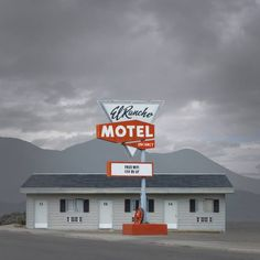 Ed Freeman: Western Realty · Miss Moss Artistic Photography, Color Photography, Landscape Photography, Ed Freeman, Photo Ed, Stephen Shore, Building Photography, Miss Moss, William Eggleston
