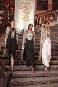 Anamika Khanna SS15 #13573  look on the etreme right